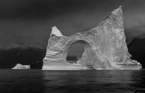 Ragnar Axelsson - From Last Days of the Arctic, 2010.jpg