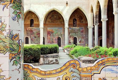 monastero-di-santa-chiara-napoli.jpg