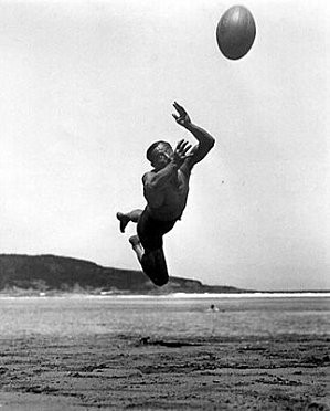 rugby-J.H.Lartigues.jpg