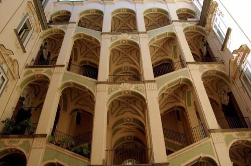 Palazzo_dello_Spagnuolorampa_di_scale_672-458_resize.jpg